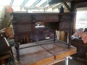 Реставрация и освежаване на старинни или повредени гардероби и шкафове
