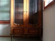 Реставрация и освежаване на старинни или повредени витрини